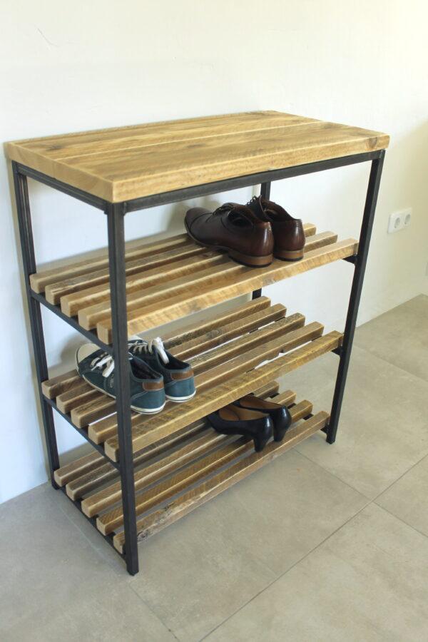 Schuhregal aus Stahl und Holz