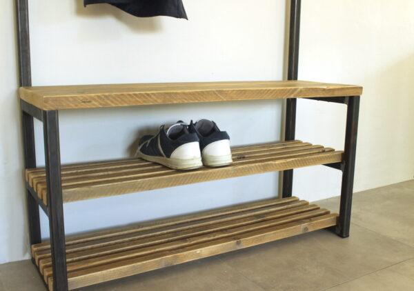 Garderobe mit Schuhablage